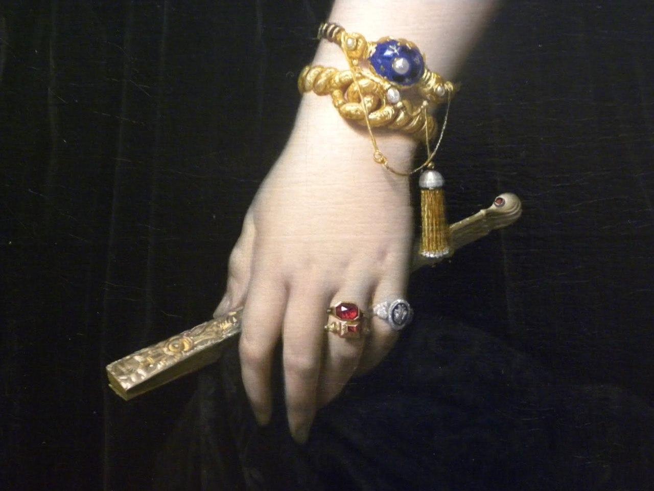 Ingres_Madame Moitessier_detail