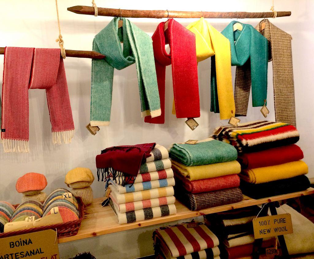 Wool-scarves-Lisbon